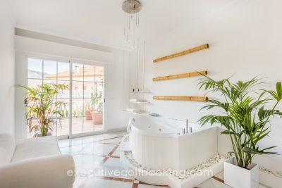 Molo 44 Suites Puerto Banus
